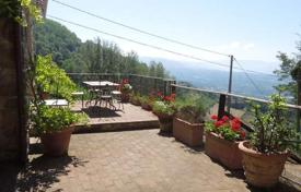 Property for sale in Barga. Villa with a pool and mountain views in the town of Barga, Tuscany, Italy