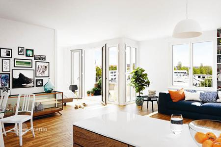 New homes for sale in Charlottenburg. Comfortable and modern loft in Berlin