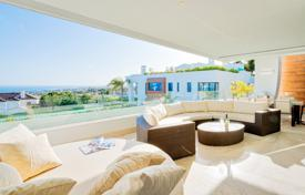 Luxury 4 bedroom apartments for sale in Southern Europe. Elegant Modern Apartment in Reserva de Sierra Blanca, Golden Mile