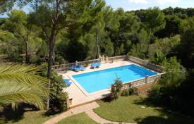 Property to rent in Majorca (Mallorca). Detached house – Cala Ratjada, Balearic Islands, Spain