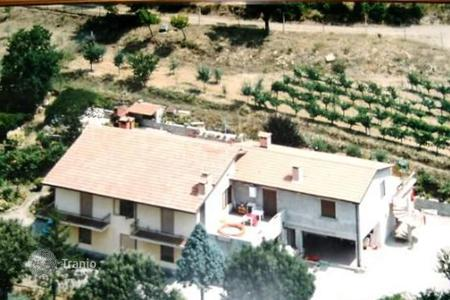 Apartments for sale in Umbria. Apartment – Città della Pieve, Umbria, Italy