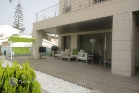 Luxury chalets for sale in Spain. Detached Villa — Orihuela Costa