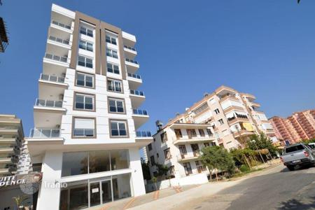 Cheap 1 bedroom apartments for sale overseas. Stylish apartment with furniture in the center of Mahmutlar