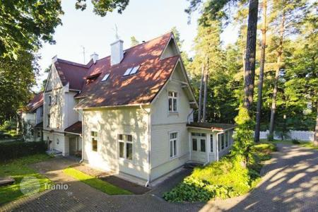 Houses for sale in Riga. 3-storey terraced house in a prestigious area of Riga