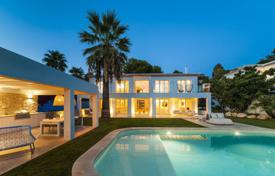 Luxury houses with pools for sale in Bendinat. Modern villa with a private garden, a swimming pool, a garage and a sauna, Bendinat, Spain