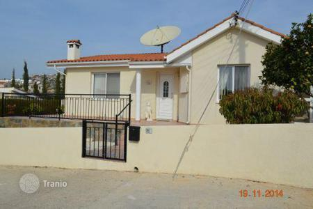 Chalets for sale in Peyia. Exceptional 3/4 Bedroom Bungalow — PEYIA