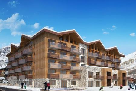 Property for sale in Val d'Isere. Spectacular apartment in popular ski resorts in Val d'Isere, Alps, France