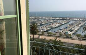 Coastal apartments for sale in Menton. Apartment – Menton, Côte d'Azur (French Riviera), France