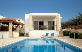 Villas and houses by the sea for rent with swimming pools in Paphos. Villa – Paphos (city), Paphos, Cyprus