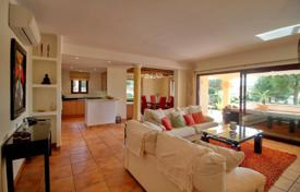 3 bedroom apartments for sale in Balearic Islands. Spacious apartment with a private garden in community with a pool and a golf course, Santa Ponsa, Spain