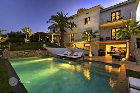 Luxury 6 bedroom houses for sale in Cannes. Villa – Cannes, Côte d'Azur (French Riviera), France