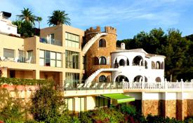 6 bedroom houses for sale in Spain. Villa in Javea beside the Mediterranean sea with a view to the Portixol island
