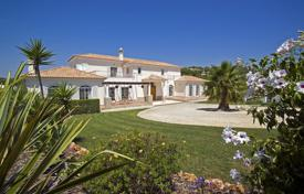 Luxury 4 bedroom houses for sale in Portugal. Villa – Loule, Faro, Portugal