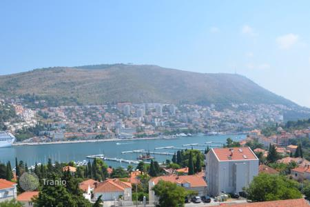 Cheap residential for sale in Dubrovnik. Turnkey apartment with sea view in good neighborhood, Dubrovnik, Croatia