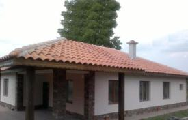 Residential for sale in Voluyak. Detached house – Voluyak, Sofia-grad, Bulgaria