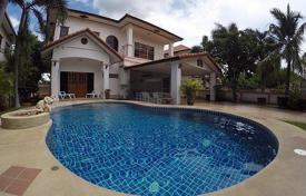 3 bedroom houses for sale in Southeastern Asia. Townhome – Jomtien, Chonburi, Thailand