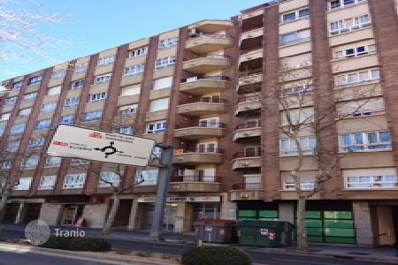Cheap 4 bedroom apartments for sale in Catalonia. Apartment – Reus, Catalonia, Spain