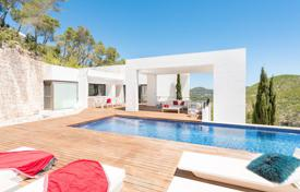 Residential to rent in Roca Llisa. Two-level furnished villa with a pool and a garden in Roca Llisa, Ibiza, Spain