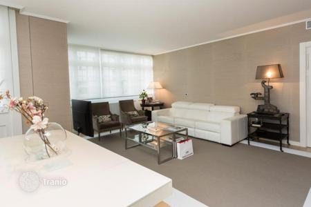 3 bedroom apartments for sale in Northern Spain. Cosy apartment in the center of Bilbao, Spain