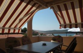 Residential for sale in Sibenik-Knin. House with apartments