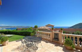 2 bedroom apartments for sale in Theoule-sur-Mer. Théoule-sur-Mer — Duplex apartement