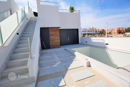 "Cheap houses with pools for sale in Southern Europe. Murcia, Los Narejos, community ""Olivar de Roda Golf"". Detached houses of 69 m² and 124 m² or 148 m² plot"