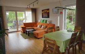 3 bedroom apartments for sale in Bavaria. Apartment with a terrace and a private garden, in Munich, Germany