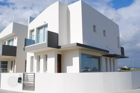 3 bedroom houses by the sea for sale in Larnaca. Villa – Larnaca (city), Larnaca, Cyprus