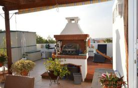 2 bedroom apartments for sale in Yeroskipou. Penthouse Apartment with Large Roof Terrace in Geroskipou