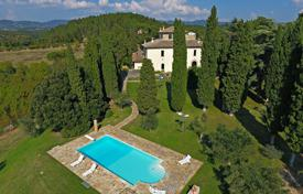 Residential for sale in Sansepolcro. Historic villa with a pool and a large park, Sansepolcro, Toscana