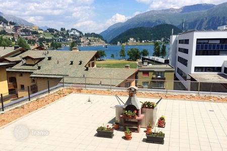 3 bedroom apartments for sale in Alps. Three bedroom apartment with a terrace facing the lake and mountains in St. Moritz, Switzerland