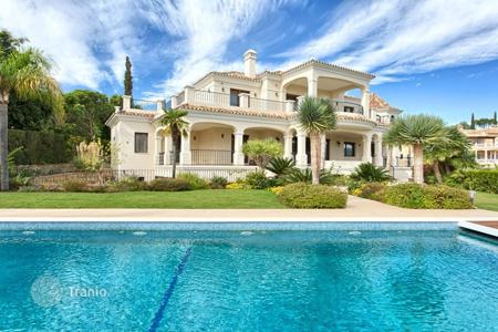 Luxury 6 bedroom houses for sale in Andalusia. Villa – Benahavis, Andalusia, Spain
