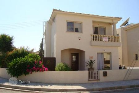 Houses with pools for sale in Mandria. Three Bedroom Detached House
