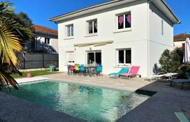 Townhome – Mérignac, Gironde, Nouvelle-Aquitaine,  France for 535,000 €