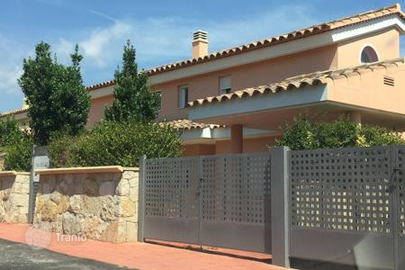 Cheap houses for sale in Costa del Azahar. Villa – Peniscola, Valencia, Spain