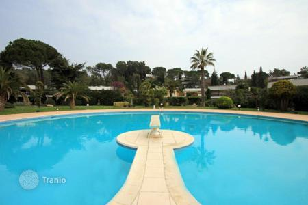 Villas and houses to rent in Côte d'Azur (French Riviera). Villa - Biot, Côte d'Azur (French Riviera), France
