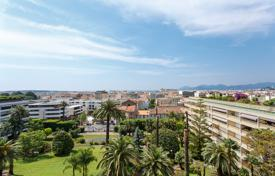 Apartments for sale in Lille. Cannes — Center — Apartment with a lovely view