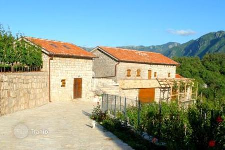 Luxury property for sale in Bar. Country seat – Gluhi Do, Bar, Montenegro