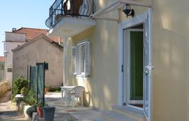 Property for sale in Lopud. Renovated seaside cottage with appartments, Lopud island, Croatia