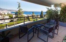 3 bedroom apartments for sale in Nice. Wide and luxurious 3 bedroom apartment in a modern condominium