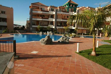 Coastal residential for sale in Los Cristianos. Terraced house – Los Cristianos, Canary Islands, Spain