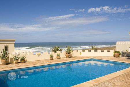 Villas and houses for rent with swimming pools in Africa. Dar l'Oussia