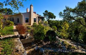 Houses for sale in Monchique. Character country house with breathtaking views, Monchique, West Algarve