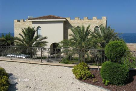 Luxury residential for sale in Paphos. A fantastic luxury 3-bedroom villa in the much sought after area of Sea Caves