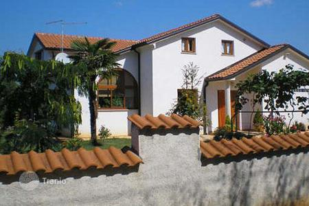 4 bedroom houses for sale in Croatia. Luxury house in the vicinity of Umag