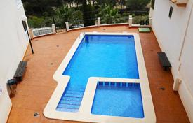 2 bedroom houses by the sea for sale in Costa Blanca. Orihuela Costa, Dehesa de Campoamor, Duplex-penthouse of 141 m²