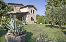 4 bedroom villas and houses to rent in Capannori. Villa – Capannori, Tuscany, Italy