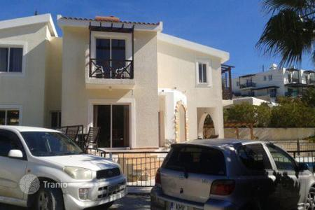 Property for sale in Tsada. 3 Bedroom Villa With Title Deeds in Tsada, Quiet Road, Private Road