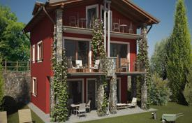 New homes for sale in Italy. In a charming newly built villa a posh apartment of 90 m² is for sale