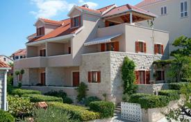 Property for sale in Brač. Apartment house on the island of Brač